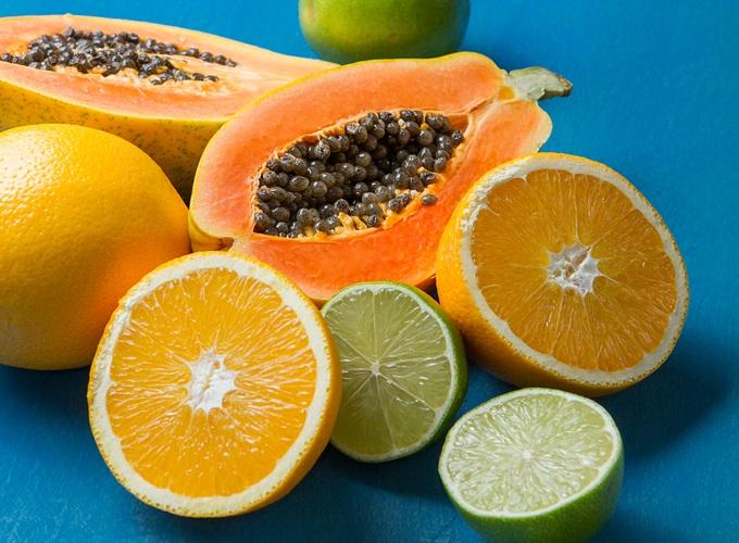 suco limao detox com gengibre e melancia e hortela para emagrecer