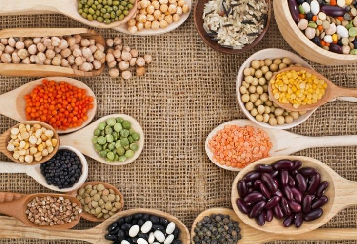 dieta rica em proteinas magras pistache amendoas castanha de caju quinoa lentilha grao de bico tofu