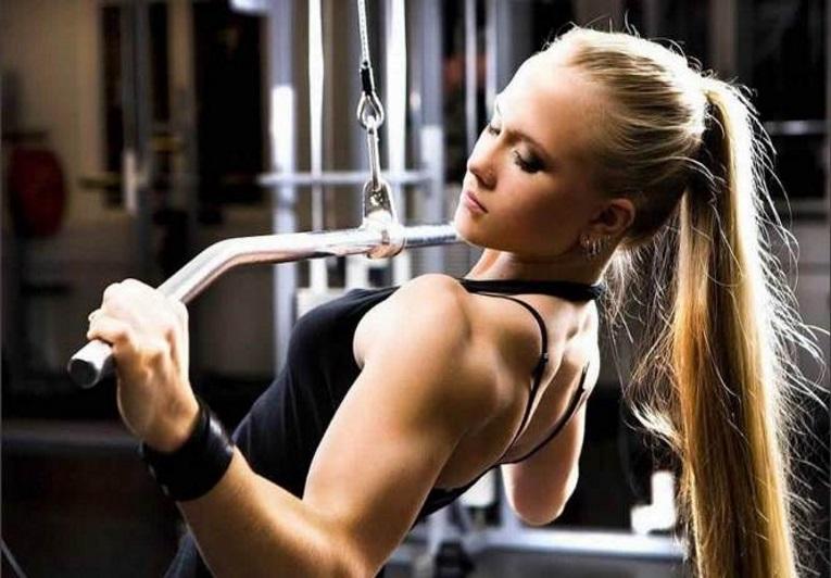 pode atuar como anabolizante  ajuda a aumentar a massa muscular não se trata de um suplemento indicado para emagrecer  uso só deve ser feito sobre indicação médica