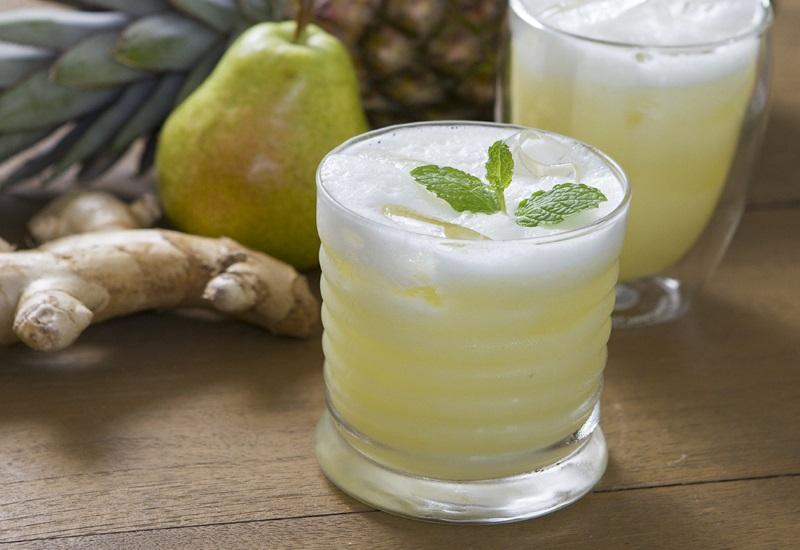 suco pera abacaxi gengibre